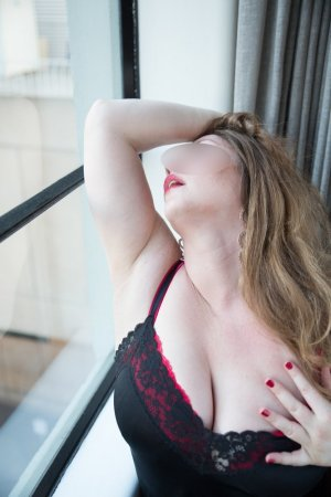 Berthine happy ending massage, escort girl